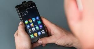 Путин подписал закон о блокировке сотовой связи в тюрьмах по просьбе ФСИН