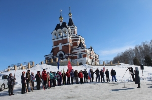 Советскую традицию лыжных переходов решили возродить в Искитиме