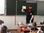 Сотрудники Госавтоинспекции проводят занятия в школах перед началом весенних каникул «У ПДД каникул нет!»