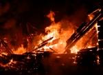 Тела двух погибших обнаружили после тушения пожара в Искитиме