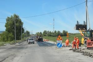 """Фотофакт. В Искитиме идёт ремонт дороги """"Балдаковка"""""""