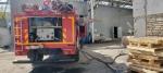 В Бердске 30 человек эвакуировались во время пожара в производственном цехе